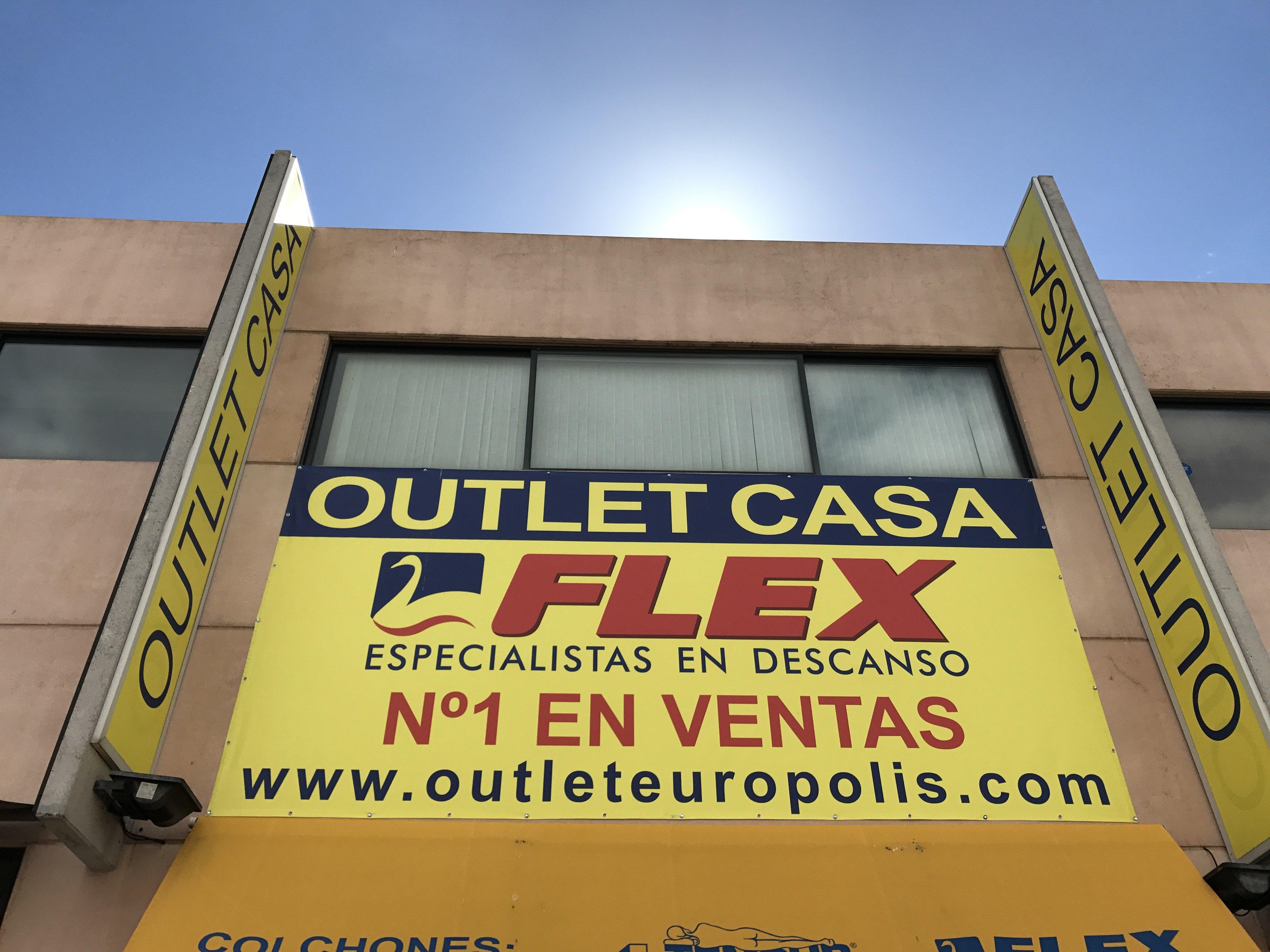Fachada Outlet Casa