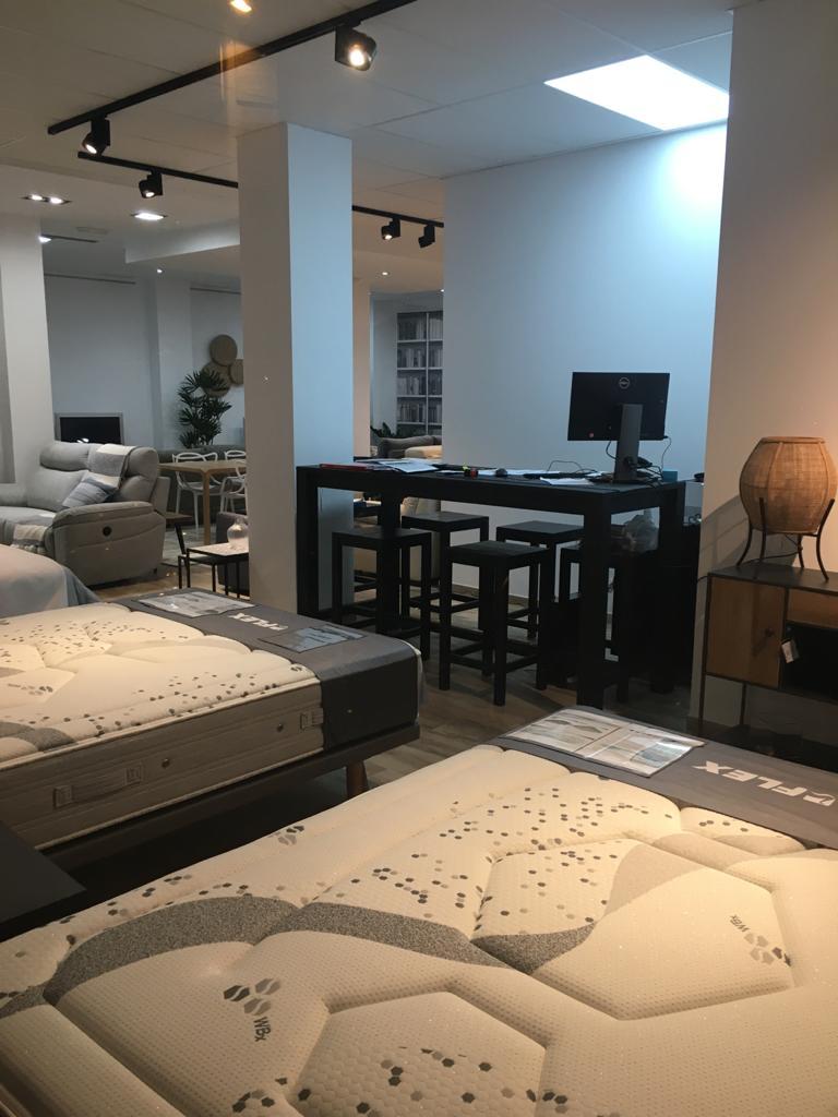 Interior tienda colchones y sofas outlet casa elche